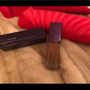 Fiona Stiles Matte Finish Foundation Concentrate